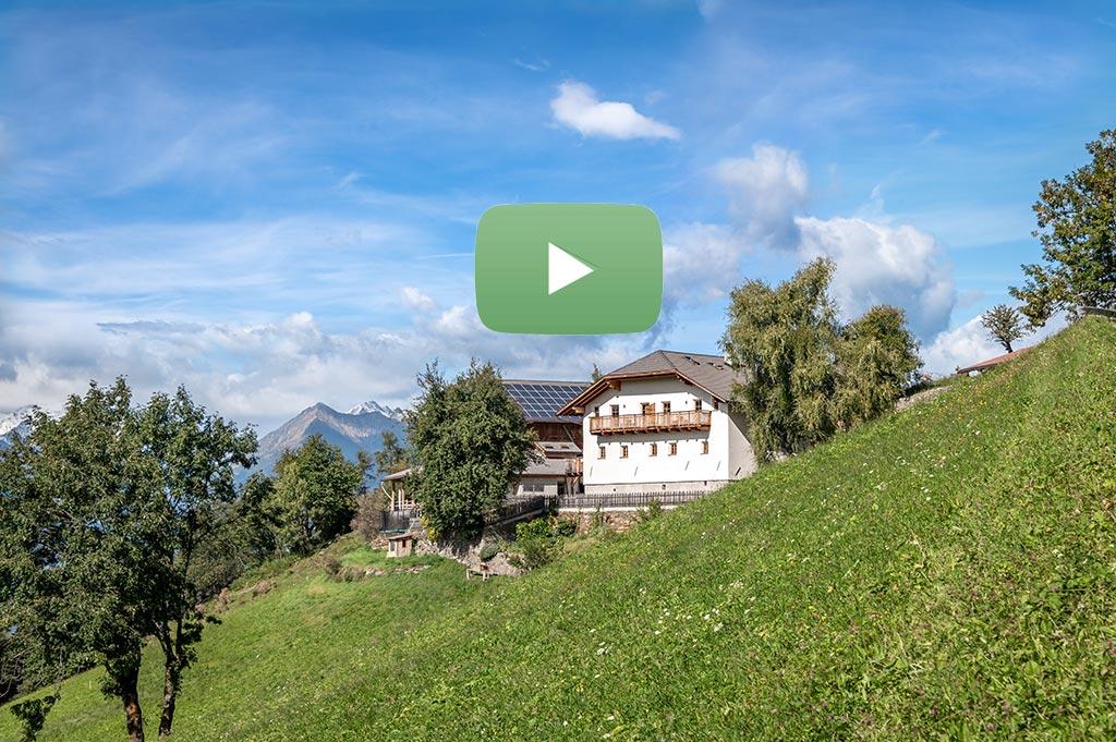 platzbon-bergbauernhof-video